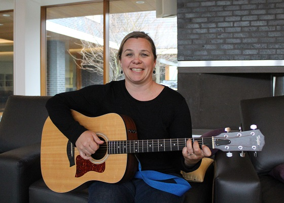 Meet Erin – RMH BC Music Therapist